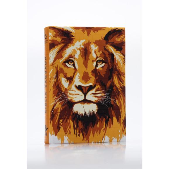 Bíblia Sagrada   NAA   Letra Grande   Capa Dura   Leão Ouro