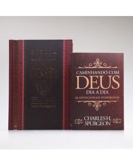 Kit Bíblia de Estudo KJA Letra Hipergigante Clássica + Devocional Spurgeon Clássica | Momento Diário
