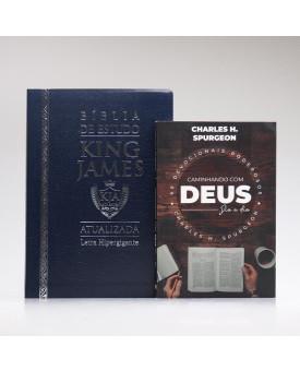 Kit Bíblia de Estudo KJA Letra Hipergigante Azul + Devocional Spurgeon Café | Momento Diário