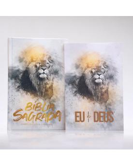 Kit Bíblia Harpa e Corinhos Slim Leão Dourado + Eu e Deus | Orar e Vencer